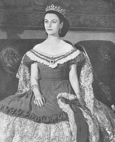 Angela Maria Téllez-Girón y Duque de Estrada. XVI Duquesa de Osuna