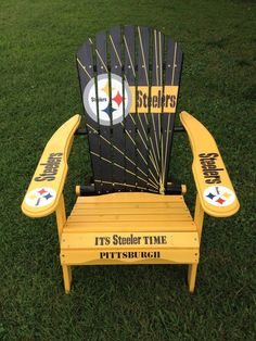 HAND PAINTED PITTSBURGH STEELER FOLDING ADIRONDACK CHAIR NFL FOOTBALL TAILGATING