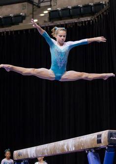 Lovely leo of the 2015 P&Gs: Ragan Smith.The Gymnastics Nerd Gymnastics Tricks, Gymnastics Photography, Gymnastics Pictures, Sport Gymnastics, Olympic Gymnastics, Gymnastics Problems, Olympic Games, Gymnastics Flexibility, Acrobatic Gymnastics