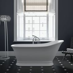 The Imperial Hampton Freestanding Single-Ended Slipper Bath. This collection of freestanding baths is instantly recognisable by its delightfully contoured forms and crisply moulded detailing Features. Imperial Bathrooms, Traditional Bathroom Suites, Wall Mounted Taps, Stone Bath, Victorian Bathroom, Clawfoot Bathtub, Bathroom Inspiration, The Hamptons, Bathing