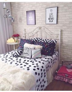 Cute Apartment Bedroom Ideas Will Love – Decorating Ideas - Home Decor Ideas and Tips Cute Apartment, Bedroom Apartment, Room Decor Bedroom, Bedroom Ideas, Mirror Bedroom, Bedroom Furniture, Girl Bedroom Designs, Girls Bedroom, Bedroom Beach