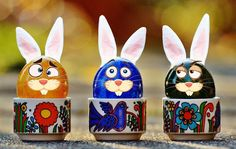 Happy Easter! Καλό Πάσχα! Glad Påsk!