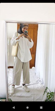Modest Fashion Hijab, Modern Hijab Fashion, Street Hijab Fashion, Casual Hijab Outfit, Hijab Fashion Inspiration, Muslim Fashion, Hijab Style Tutorial, Hijab Fashionista, Outfit Look