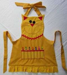 Ideas for sewing a kitchen apron Sewing To Sell, Sewing For Kids, Baby Sewing, Sewing Crafts, Sewing Projects, Crayon Crafts, Childrens Aprons, Gardening Apron, Cute Aprons