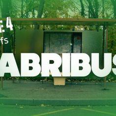 L'abribus – épisode 4 Dans le cadre de son action ados, la MJC Metz-Borny vous propose une nouvelle web-série du « Borny Comédie Club ».