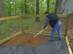 How to Construct a Shaded Dog Run : How-To : DIY Network