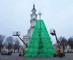 The Christmas Tree by Jolanta Šmidtienė is Made of Plastic #christmas trendhunter.com