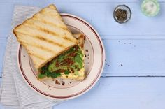 Sanduíche de abacate bacon e ovo | Panelinha - Receitas que funcionam