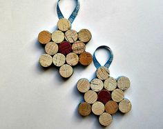 Cork Snowflake Ornament / Wine Bottle Decoration-Set of 2 - Wine Corks, Christmas Gift, Winter Decor, Party Favors, Gift Tag, Holiday Decor