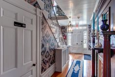 A view of the front door at the entrance to #WinterwoodatPetersham. The transoms allow abundant natural light to flood the foyer. #Bedandbreakfastforsale http://www.19northmainstreet.com