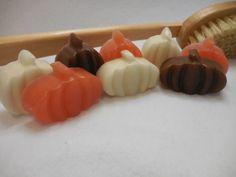 Pumpkin Soap - Party Favor - Halloween Soap - Children Soap - Decorative Soap - Handmade Moisturizing Soap - Homemade Glycerin Soap - 8 pk