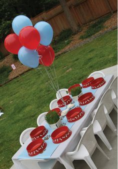 Puppy Themed Party! I would throw a party for my doggie just like this!