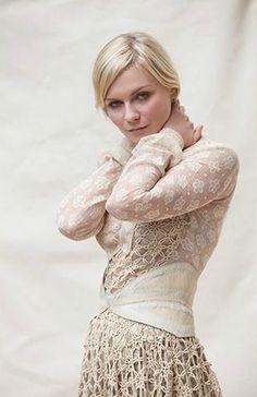 Kirsten Dunst this dress is amazing