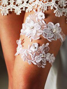 Wedding Garter Bridal Garter Lace Garter Set - Rustic Wedding Boho Wedding Keepsake Garter Toss Garter - Garters Belts Bohemian Wedding