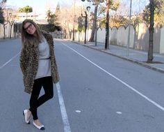 Silvia del blog SilviaBoschBlog con SUDADERA de FWCollection13