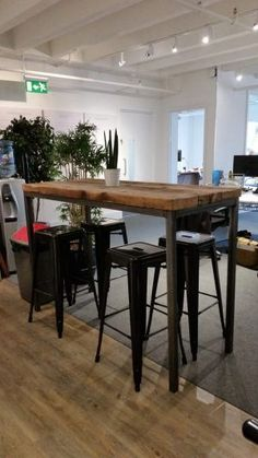 Reclaimed Industrial Chic 6 8 Seater Tall Poseur Bar Table