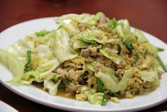 Galam Blee Pad Kai Sai Moo Saap (Cabbage with Pork and Egg) กะหล่ำปลีผัดไข่ใส่หมูสับ