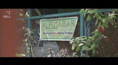 """1,169 Suka, 9 Komentar - Surabaya Patata (@surabayapatata) di Instagram: """"Dolly Lahir Kembali dan Menginspirasi! . UKM Alpujabar ingin merubah image Dolly menjadi kampung…"""""""