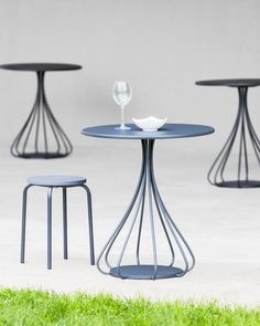 Round table ROMEO by Mara design BICUBE DESIGN