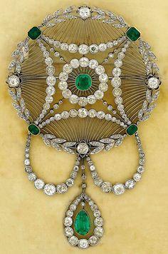 Emerald and diamond pendant/brooch - Garrard & Co., circa 1905.