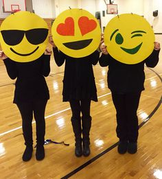 DIY Halloween costume - emojis. Yellow poster paper and paint. Then hang around your neck with a yarn necklace.