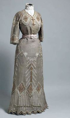 Dress, Croatian, ca. 1910. Linen with bobbin lace. Museum of Arts & Crafts, Zagreb