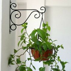 Metal Plant Hanger Bracket Wall Hanging Plants Hook For Garden Planters & Pots