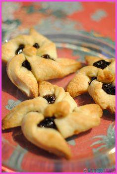 Mallow prune tarts - http://www.motherslibrary.com/mallow-prune-tarts/