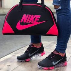 Nike Air Shoes, Running Shoes Nike, Sneakers Fashion, Fashion Shoes, Fashion Outfits, Fayetteville Ga, Cheap Nike Shoes Online, Cute Braided Hairstyles, Nike Wallpaper