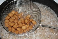 ATCHOMON 🇧🇯 – Plein d'épices Food Dishes, Almond, Food And Drink, Snacks, Chin Chin, Ramadan, Casseroles, Cookies, Pastry Recipe