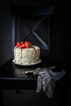 Lemon, Coconut and Strawberry Cake