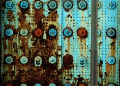⇜ Rust Lust ⇝  rusted metal with gorgeous patina -