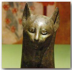Ancient Egyptian bronze cat     712-332 B.C.