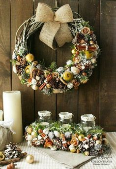 Christmas Tablescapes, Christmas Centerpieces, Centerpiece Decorations, Handmade Christmas Decorations, Xmas Decorations, Flower Decorations, Christmas Colors, Christmas Time, Christmas Crafts
