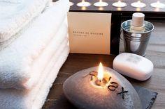 Wellness holiday in Sardinia: a natural SPA - Hotel Baia di Nora, Pula Sardinia, Hotel Spa, Candle Jars, Resort, Wellness, San Valentino, Health, Holiday, Shower Cap