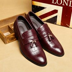 2017 Luxurious Delicate Italian Poninted Toe Penny Loafer Classic Elegant Dress Shoes Male Business Shoes Dapper Handsome