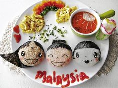 Lee hopes to inspire moms around the world to make cute food art for their kids. Here, she has turned her child's dinner plate into a 1Malay...