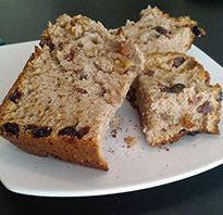 A basic Apple Bread recipe. I thought this was good, not great. Very dense loaf and a nice fall flavor. Raisin Bread, Apple Bread, Banana Bread, Biscuit Bread, Bread Board, Quick Bread, Sweet Bread, Pumpkin Recipes, Coffee Cake
