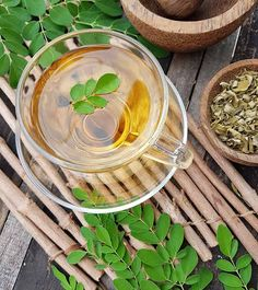 Have you ever heard of moringa tea? Want to know how do you make it? Then, read here to find out more about Moringa tea benefits & its method of preparation Tea Benefits, Health Benefits, Best Green Tea Brand, Ayurveda, Miracle Tree, Organic India, Moringa Leaves, Perfect Cup Of Tea, Tea Brands