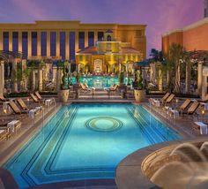 Venetian Pool || Las Vegas