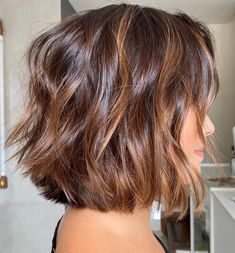 Brunette Hair Color With Highlights, Highlights For Dark Brown Hair, Dark Brunette Hair, Hair Color Auburn, Hair Highlights, Caramel Brown Hair Color, Carmel Highlights, Dark Blonde, Hair Colour