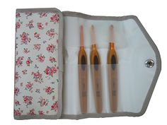 Clover カギ針[ペン-E]セット8本入 Clover http://www.amazon.co.jp/dp/B00165FQRA/ref=cm_sw_r_pi_dp_sGd1wb1K37GGG