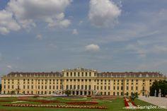 SCHOMBRUNN CASTLE    Schonbrunn Castle, Austria - Beautiful view of Schonbrunn Castle and ...