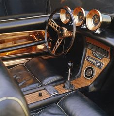 In the American Copper Development Association hired famed auto designer Virgil Exner to produce a show car that would demonstrate to the public the many potential uses of copper in automobiles. Custom Car Interior, Truck Interior, Interior Ideas, Interior Design, Interior Paint, Pagani Zonda, Volkswagen Type 3, Volkswagen Golf, Volkswagen Phaeton