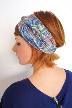 TUTO turban cheveux Photo Poses, Boho, Hair Cuts, Hairstyle, Sewing, Diy, Head Scarfs, Scarves, Accessories