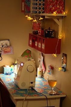another sewing room (place). From liezel-mama.blogspot.be