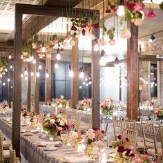 Industrial #tablescape perfection  : @jkdallimore // : @thechicory // : @kimstarrwise // #tabledecor #weddingsettings #edisonbulbs #weddinginspo #weddingflowers #floralwedding #rusticwedding #industrialwedding #wereengaged #chivarichairs #fairytalewedding #weddingplanning #weddingideas by sweet_booths