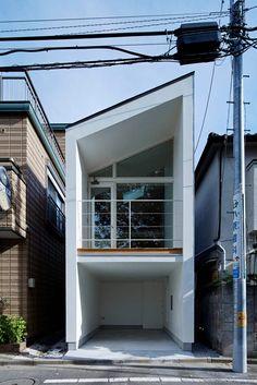 경제적인 비용으로 완성한 3층 주택 - 일본 소형 주택