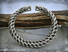 Extremely thick silver Viking bracelet with large dragon head terminals- replica [SDG3]