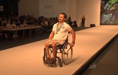 Pessoas com deficiência desfilam pela primeira vez em passarela de Fortaleza, CE | Portal PcD On-Line